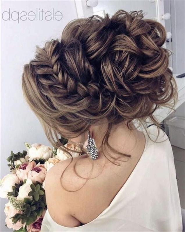 15 Best Wedding Updos For Long Hair