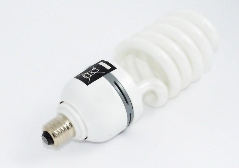 the-light-bulb-428286_960_720