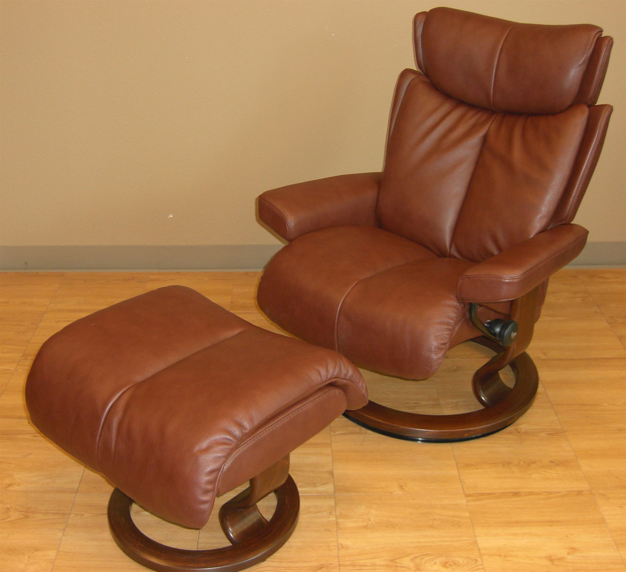 Ekornes Stressless Stressless Magic Large Royalin Brown Leather Recliner Chair And Ottoman By Ekornes
