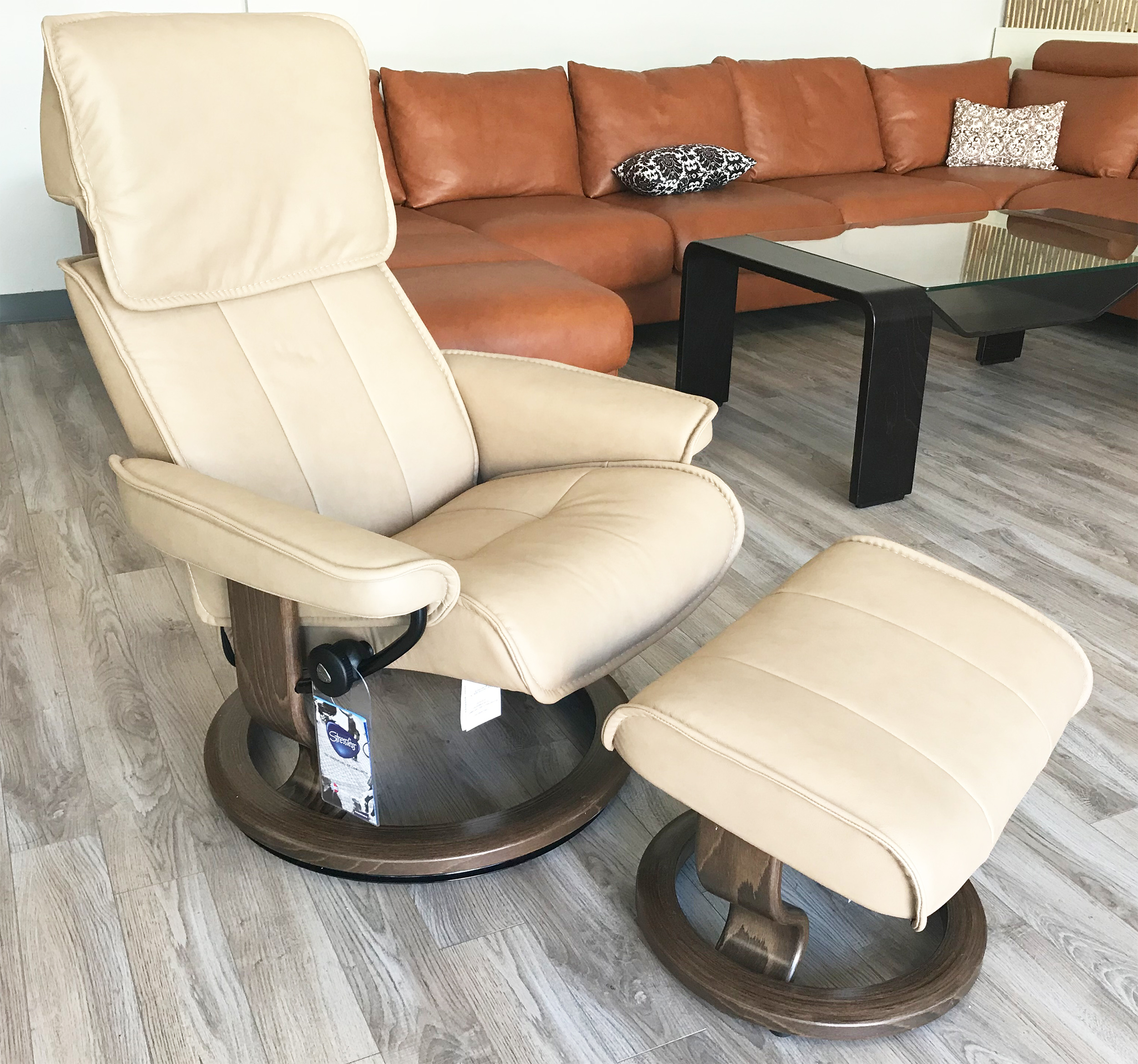 Stresless Stressless Admiral Paloma Sand Leather Recliner Chair And Ottoman By Ekornes