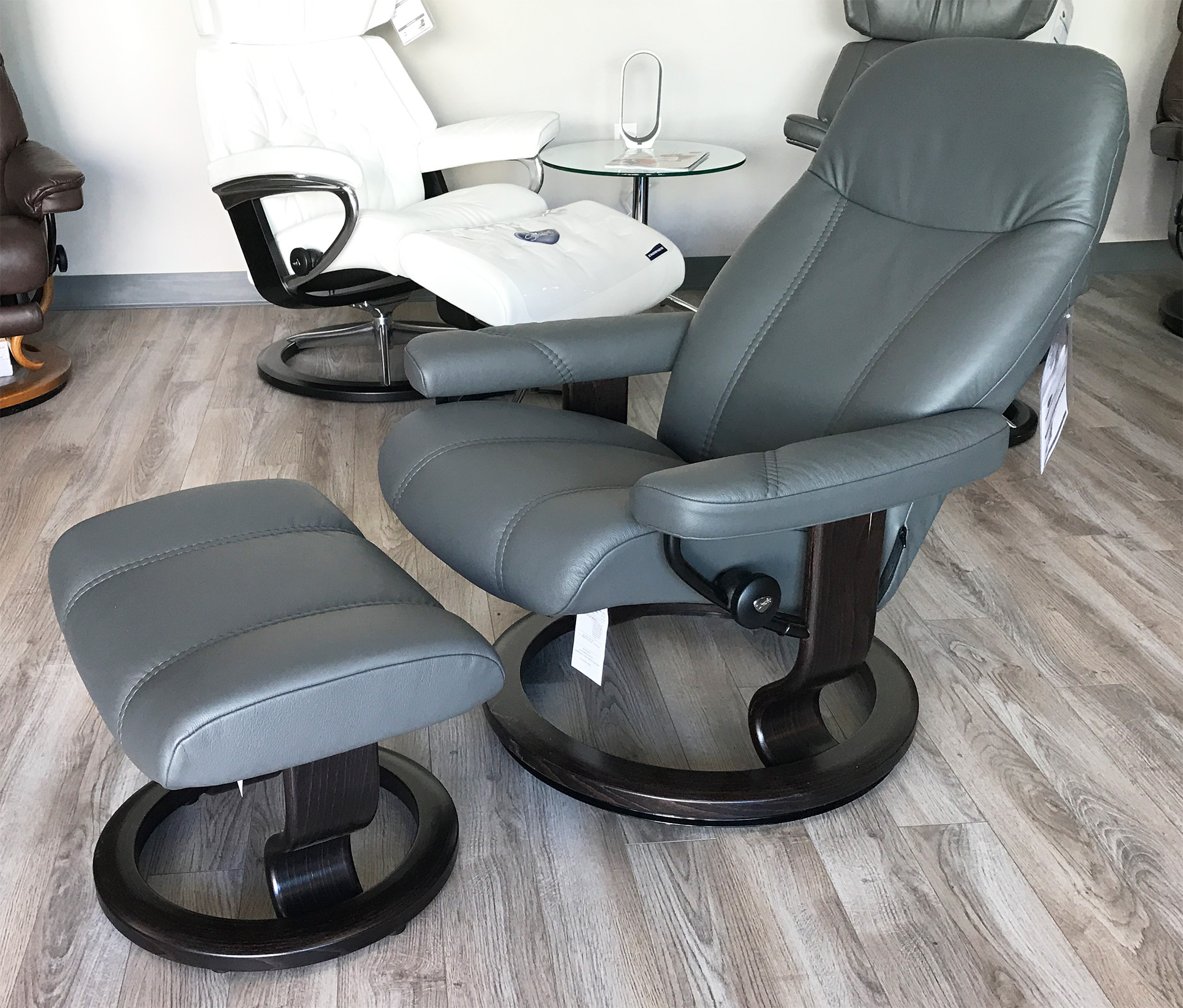 Stressless Recliners With Ottoman Stressless Consul Recliner Chair And Ottoman Batick Grey