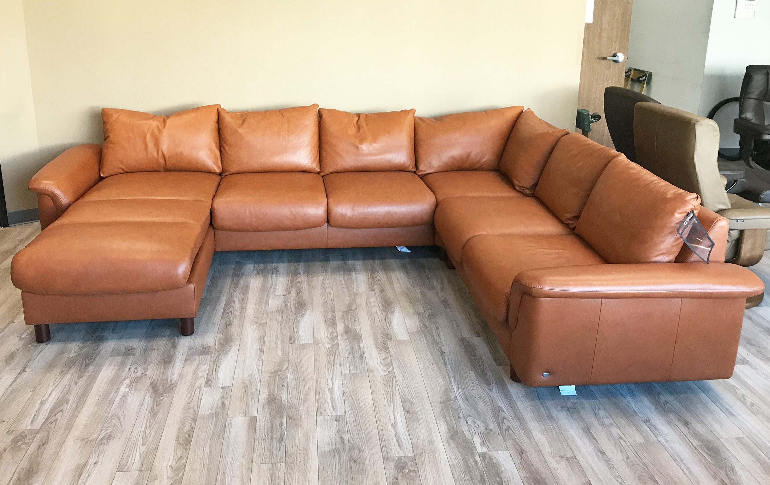 Stressless Sofa Leather Stressless E300 6 Seat Sectional Sofa With Longseat In