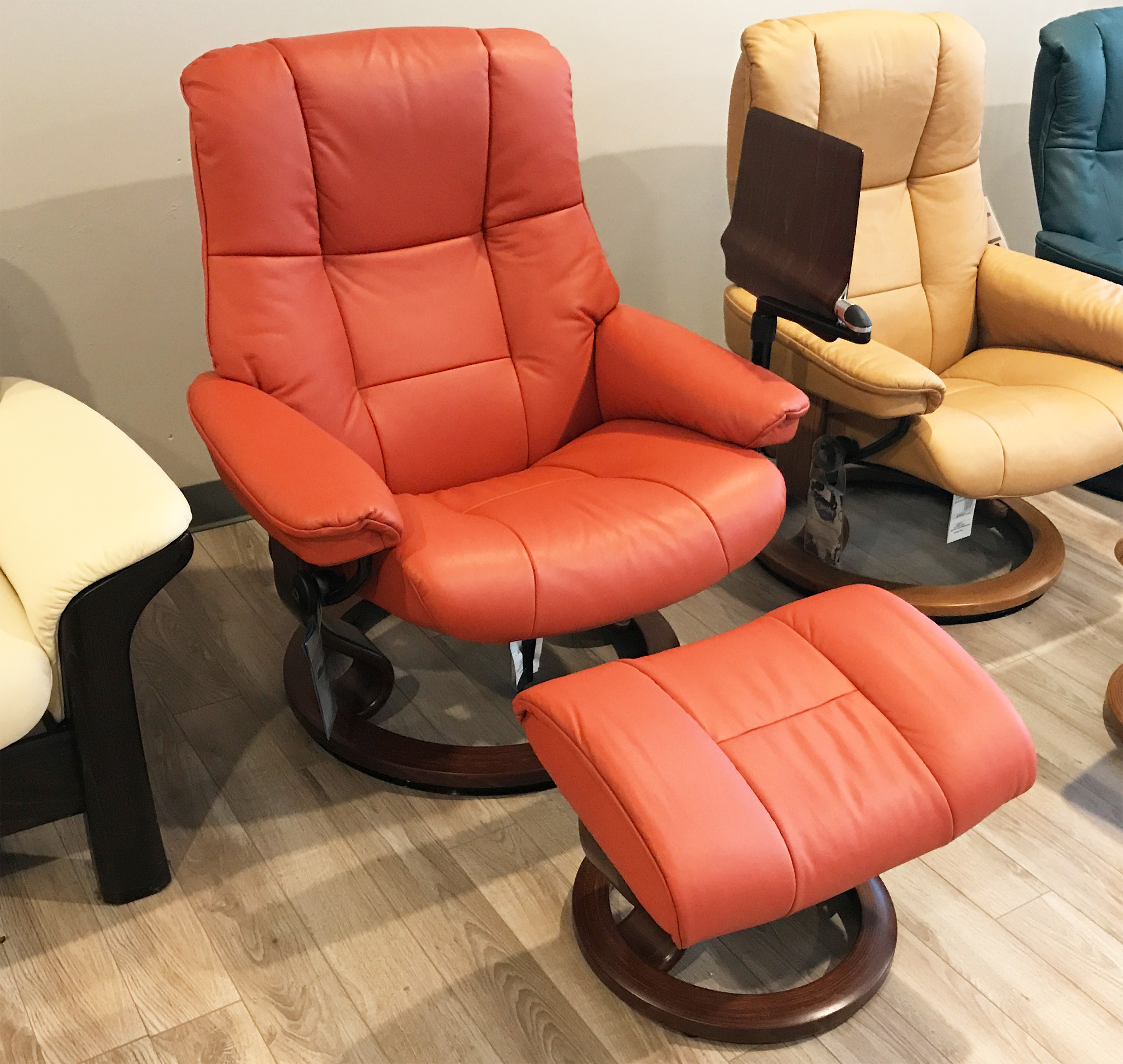 Stressless Paloma Stressless Mayfair Paloma Henna Leather Recliner Chair And Ottoman By Ekornes