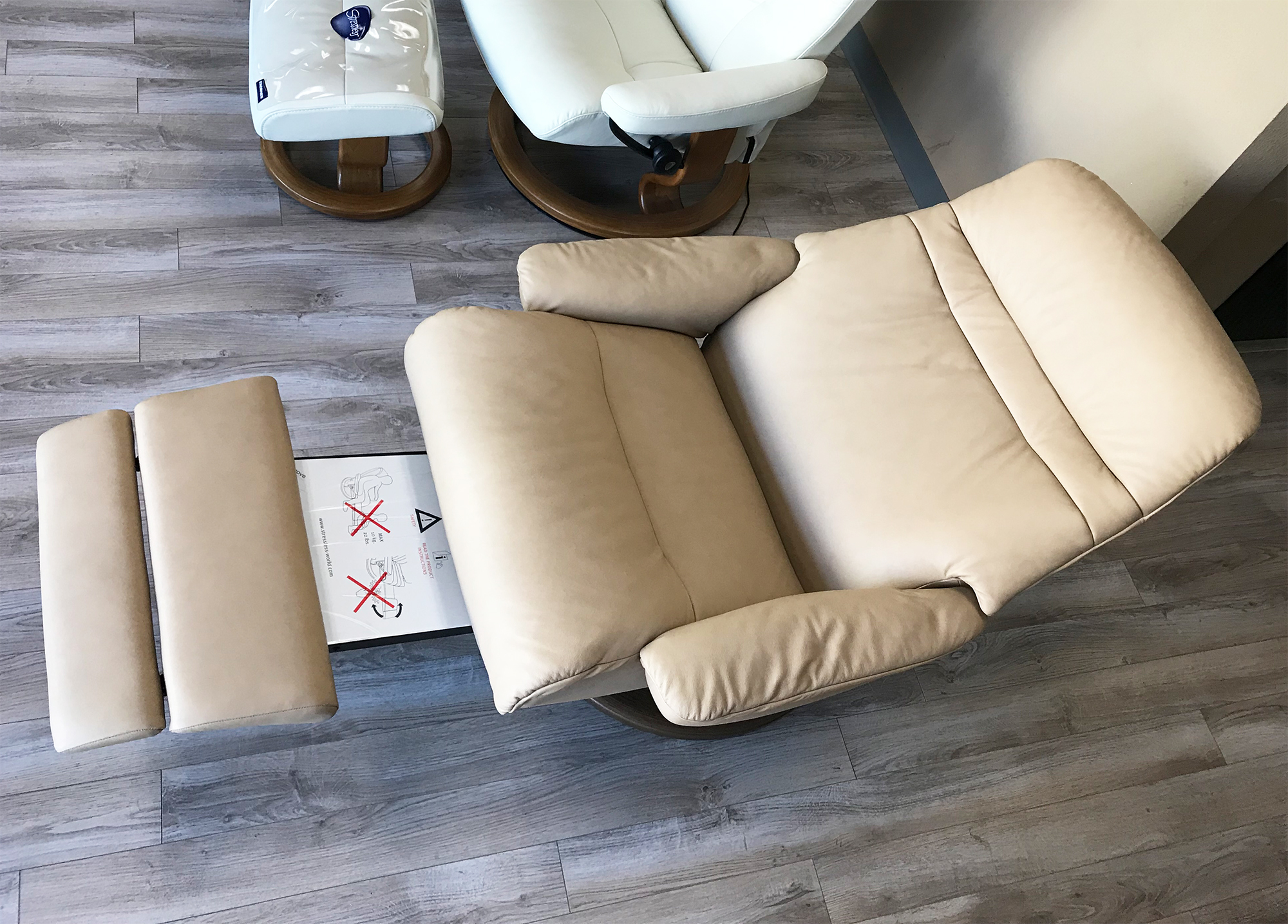 Stressless-world.com Stressless Sunrise Legcomfort Recliner Chair With Footrest In Paloma Sand Leather By Ekornes