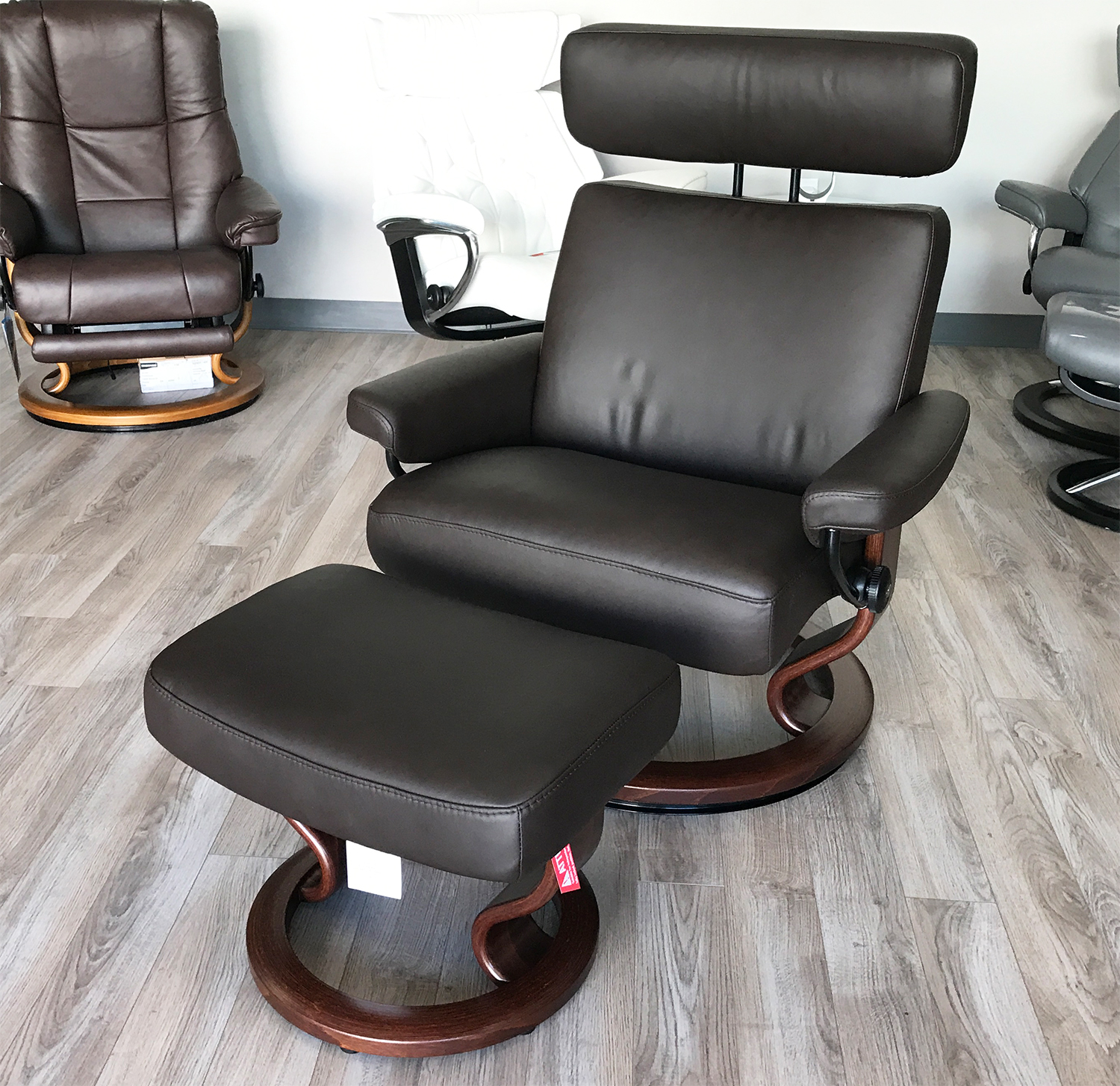 Leather Recliner Chair With Ottoman Stressless Taurus Paloma Mocca Leather Recliner Chair And Ottoman By Ekornes
