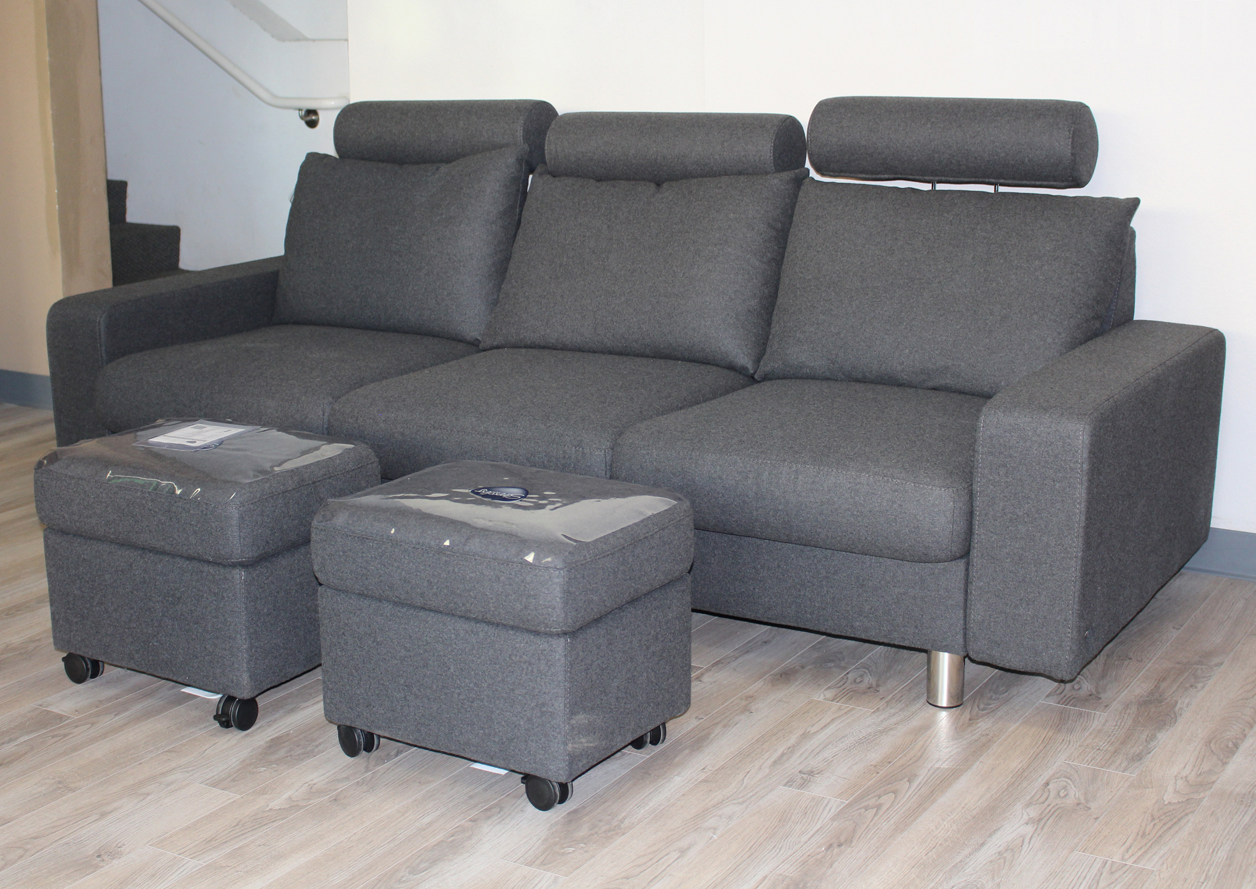 Stressless Sofa E200 Stressless E200 3 Seat Sofa In Calido Dark Grey Fabric By