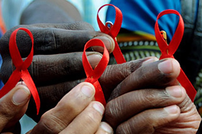 AIDS_3