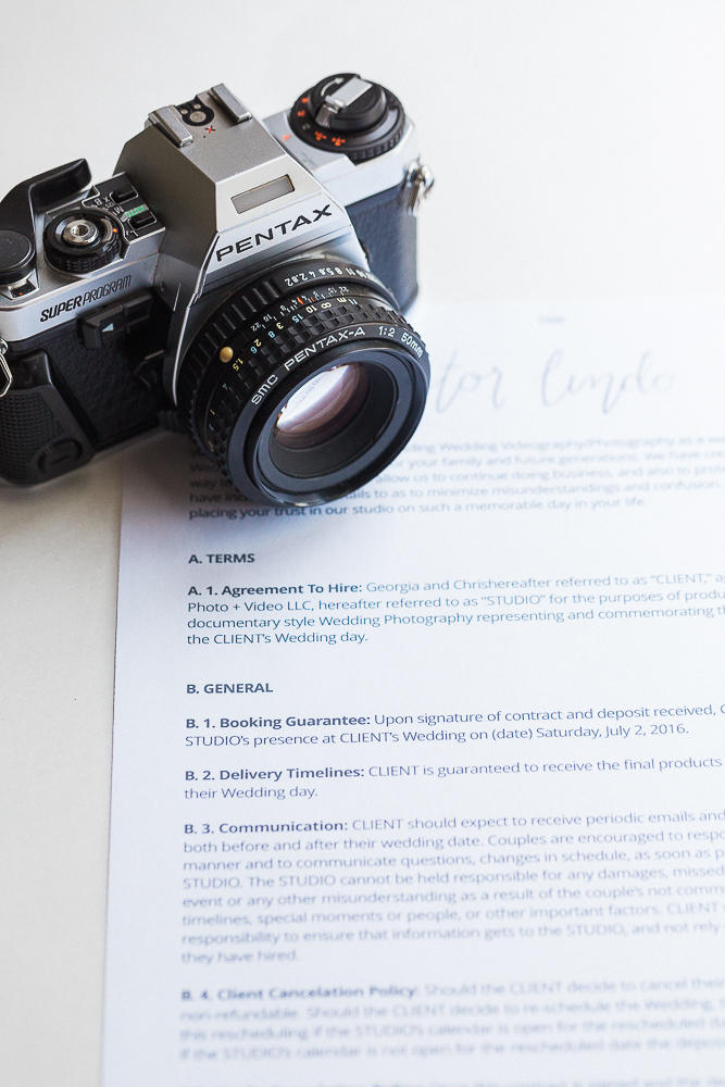 Top 9 Things to Include in Your Wedding Photography Contract