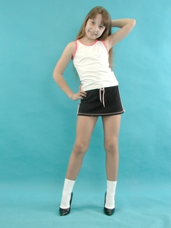young girls who like pantyhose