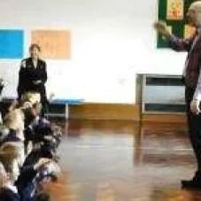Jeremy conducting children's workshop