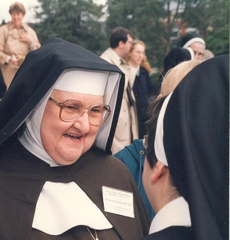Mother Angelica 001
