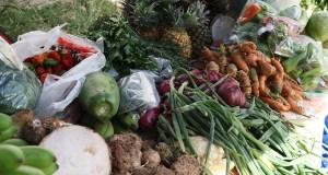 El Mercado Agrícola Natural ubica en la calle Aurora, en Ponce.