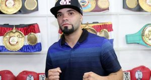 """Edgardo """"Eggie"""" Laboy firmó con la empresa Miguel Cotto Promotions."""