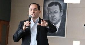 Gerardo Misla Villalba, apoderado de los Leones de Ponce en el Baloncesto Superior Nacional. (Voces del Sur / Pedro A. Menéndez Sanabria)