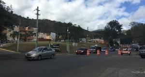 Para poder trabajar en la zona, se cerraron los carriles que conducen hacia Villalba a la altura del residencial Enudio Negrón en el sector Tierra Santa. (Voces del Sur)