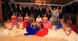 Un grupo de patrocinadores se encargó de obsequiarles los vestidos, el peinado y el maquillaje. (Suministrada)
