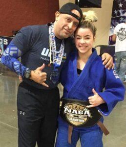 Antes de incursionar al MMA, Deshimar Rodríguez ganó varios eventos internacionales fuera de la Isla.