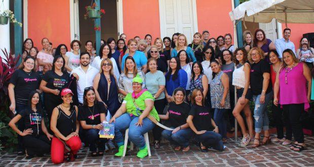 Más de una treintena de mujeres puertorriqueñas mostraron su talento y creatividad durante un evento organizado por el colectivo Reinventadas en Ponce.