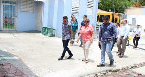 La alcaldesa de Ponce, María Meléndez Altieri, visitó el espacio que albergará en nuevo centro.