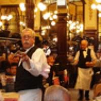 """Parigi: pranzando in un'ex mensa operaia, """"noblesse oblige""""!"""