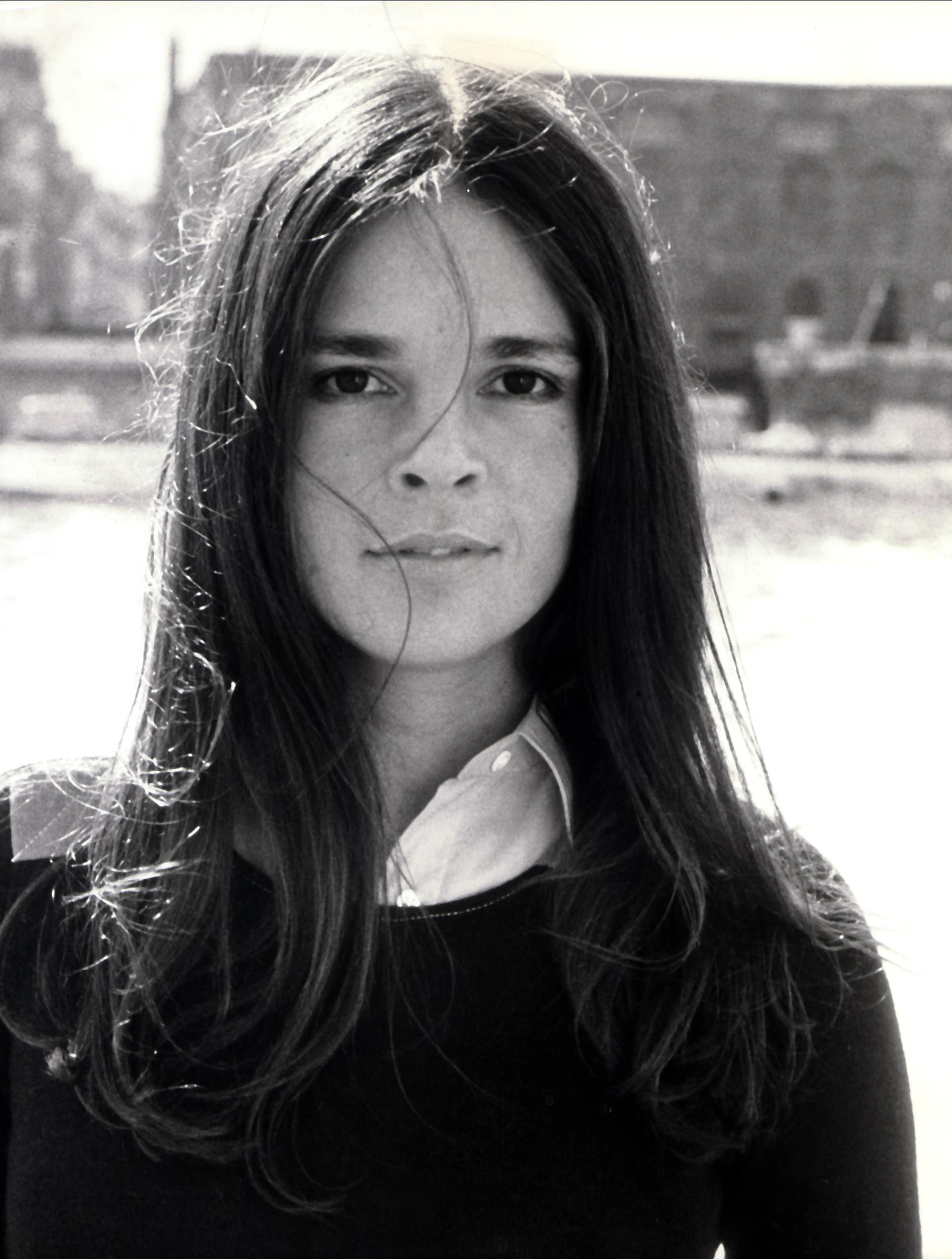 Ally Pin Up 1000 43 Images About Icon Ali Macgraw On Pinterest