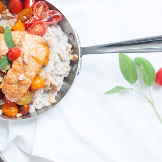 Süsser Teriyaki Lachs auf Salbei-Walnuss Risotto mit gebratenen Tomaten