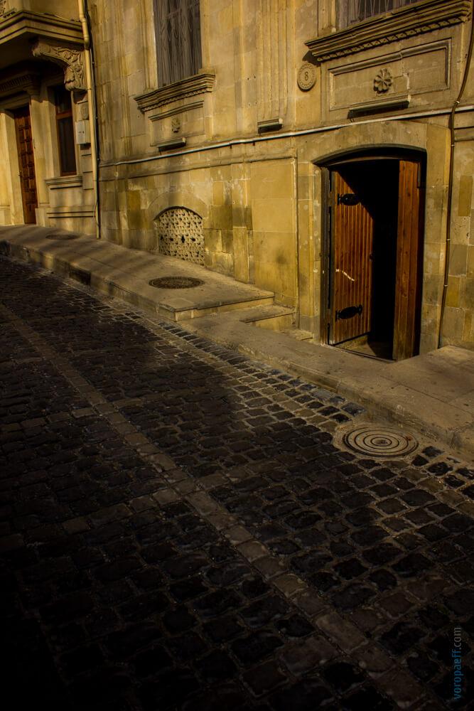 Место где снимали бриллиантовую руку Баку
