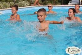 Отдых в Крыму с детьми. Заозерное. Гостиный двор Вояж. Зарядка в бассейне.