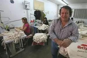 """Héctor """"Toti"""" Flores en 2009, en la cooperativa La Juanita; podría ser el vice de Elisa Carrió. Foto: Archivo / LA NACION / Ricardo Pristupluk"""