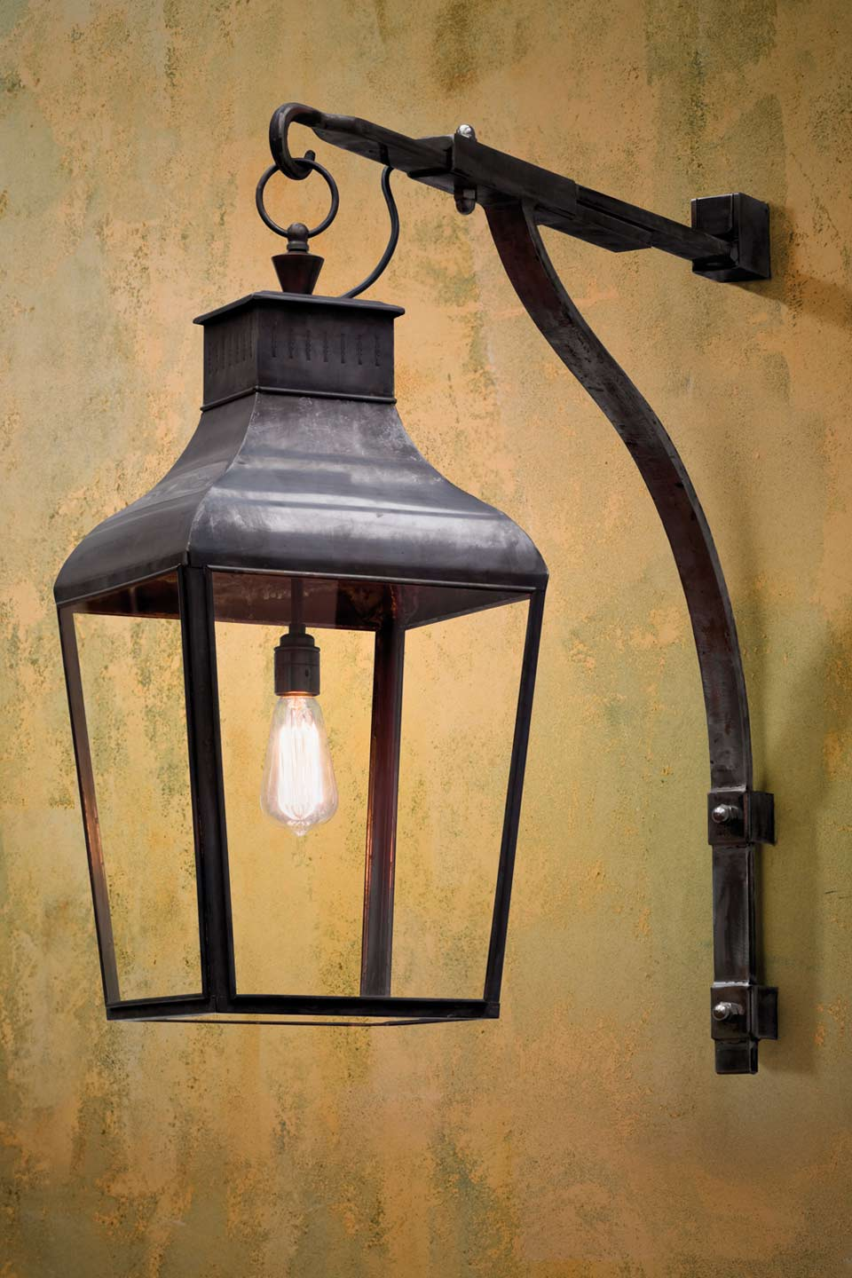 Applique Exterieur Vintage Montrose Wall - Nautic By Tekna - Classic Lighting Bronze