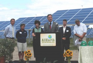 Gov. Peter Shumlin hailed the project as an example of how Vermont makes the planet sustainable and livable. VTD/Eric Blokland