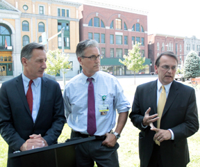 Governor Peter Shumlin and Dr. Mark Depman, head of the Emergency Room at Central Vermont Medical Center, look on as Barre Mayor Thom Lauzon explains some of the threats 'bath salts' pose. VTD Photo/Taylor Dobbs