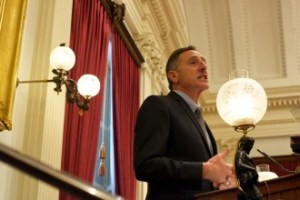 Gov. Peter Shumlin delivers his budget address at the Statehouse on Thursday, Jan. 15, 2015. Photo by John Herrick/VTDigger