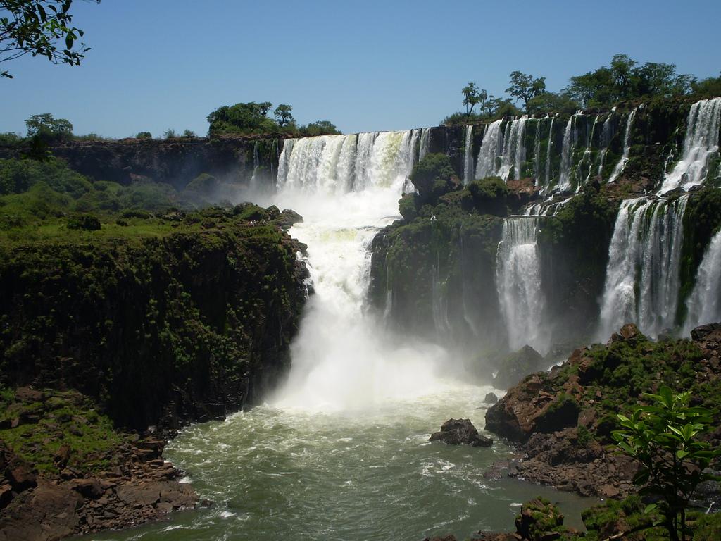 Iguazul Falls Wallpaper Fotos De Argentina Lugares Tursticos De Argentina Auto