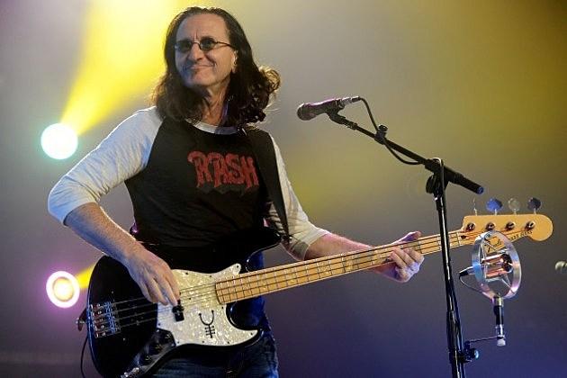 Geddy Lee Slappin' Dat Bass, mahn