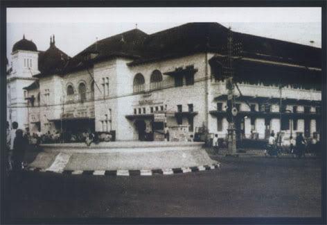 Kantor Pos Jogja tahun 1967 Masih ada Air Mancur Foto Foto Kota Jogja Tempo Doeloe