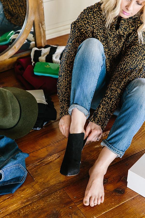 Fall outfit ideas via Waiting on Martha