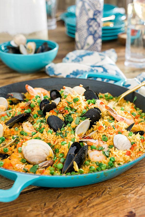 Easy seafood paella recipe, @waitingonmartha