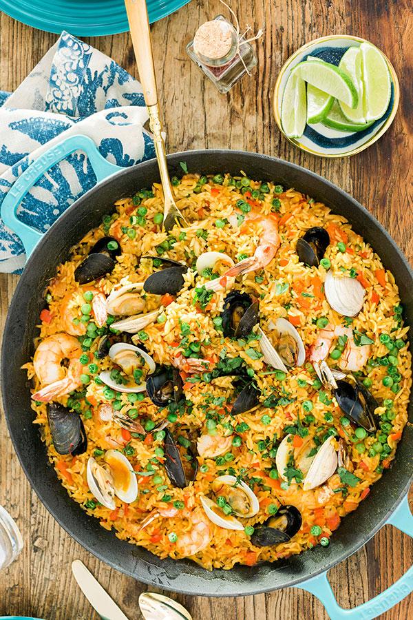 Easy seafood paella recipe by @waitingonmartha