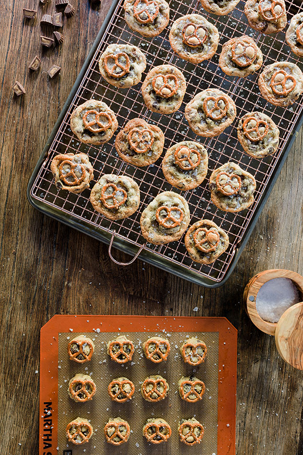 Chocolate chip peanut butter cup cookies with pretzels and sea salt. Recipe by @waitingonmartha