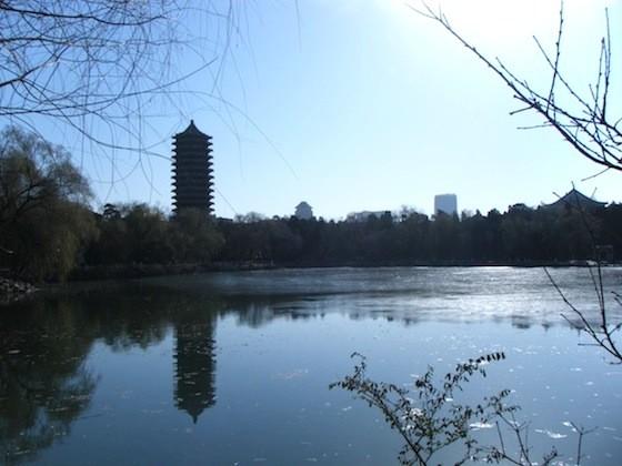 おすすめローカル観光地の北京大学の未明湖