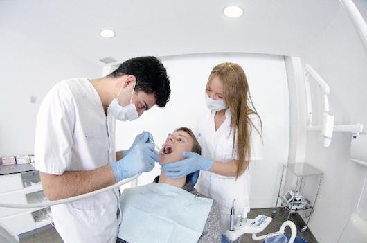 バンコクの歯科