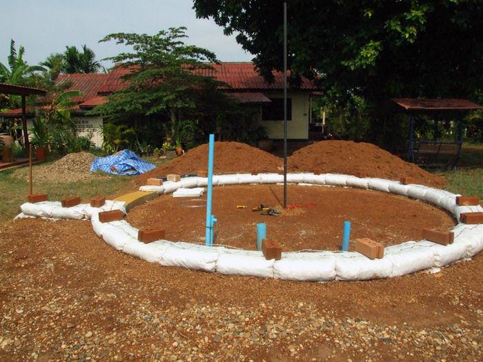 Step 1: Earthbag foundation
