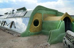 20+ Free Earthship Resources