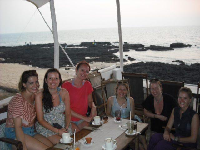 Making friends travelling hostel