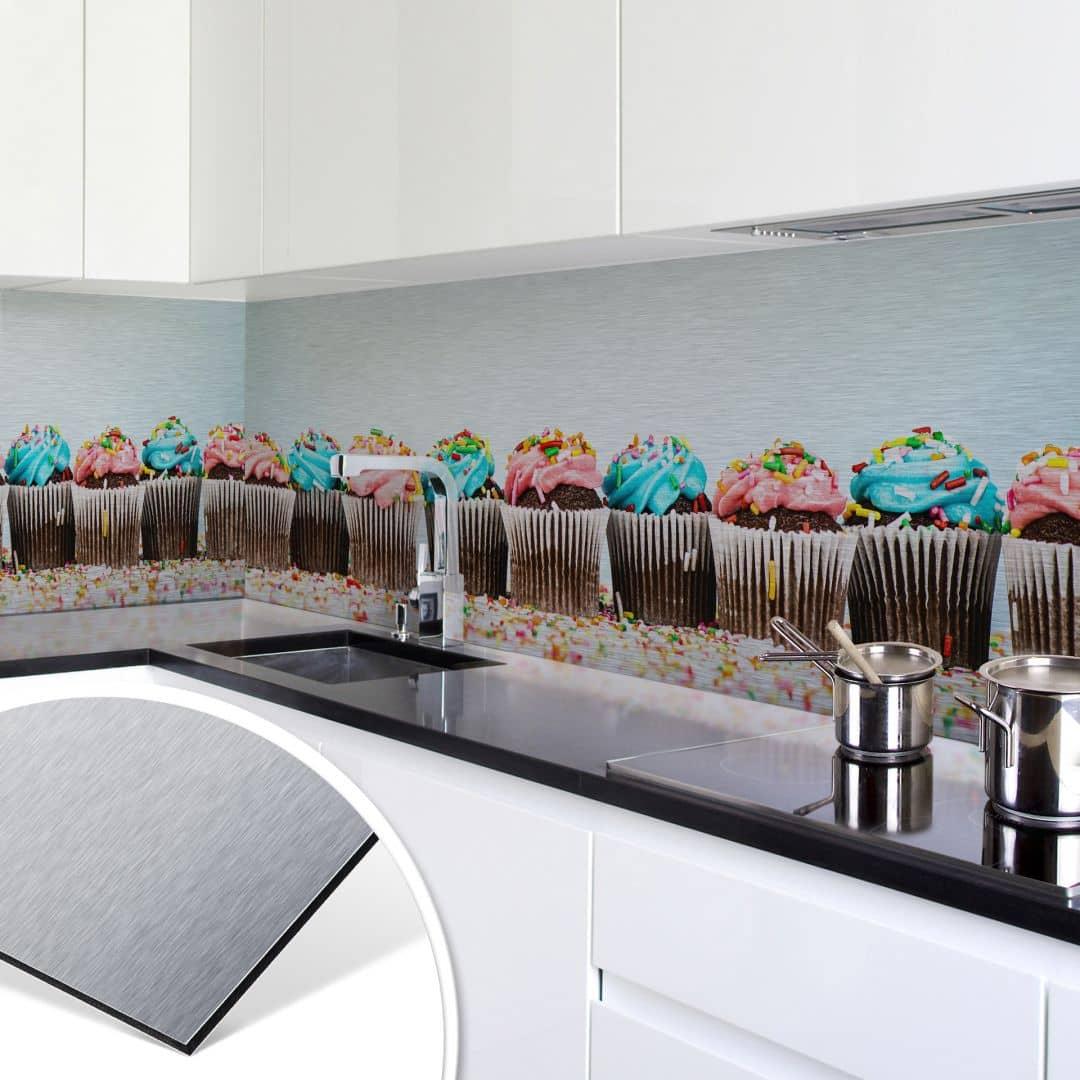 Küchenrückwand Alu Dibond Silber Party Cupcakes Wall