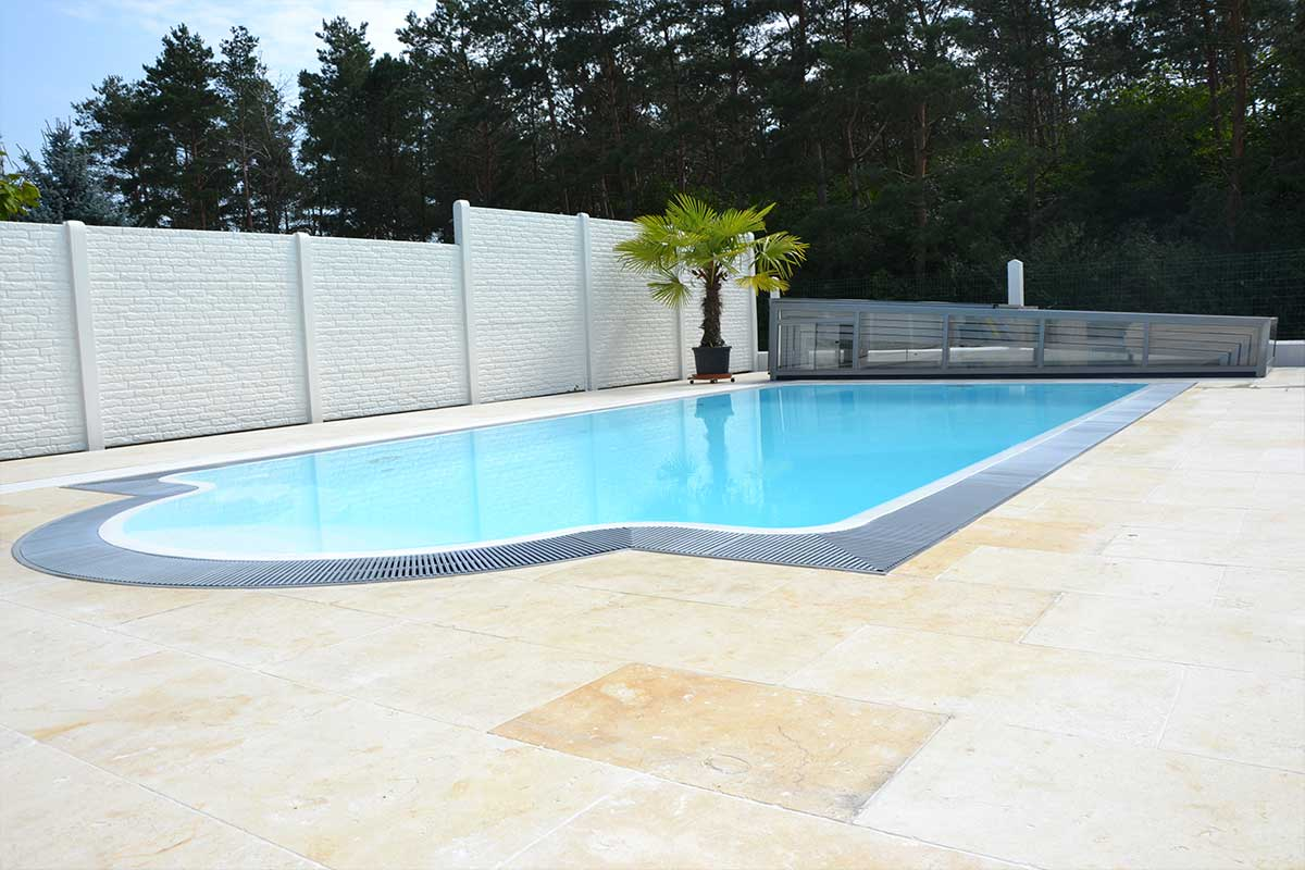 Swimming Pool Unterflurabdeckung Granada Flow Serie Pool Mit Newline Design Niedrig Pools Und