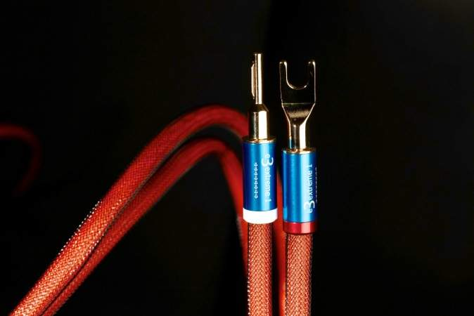 Top of the heap: Madison Audio Lab E3 Extreme 1 Speaker Cables ...