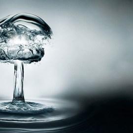Atomic Water Wallpaper