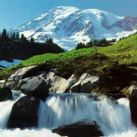 Mountain Water Wallpaper